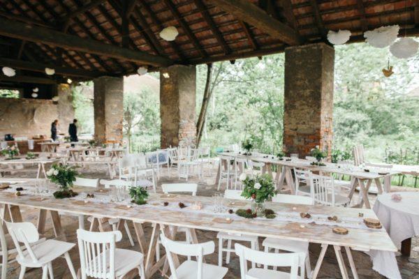Vintage stůl na svatby a oslavy