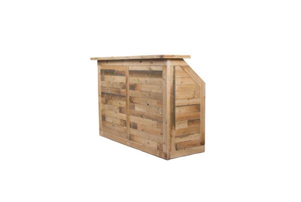 Dřevěný bar k pronájmu