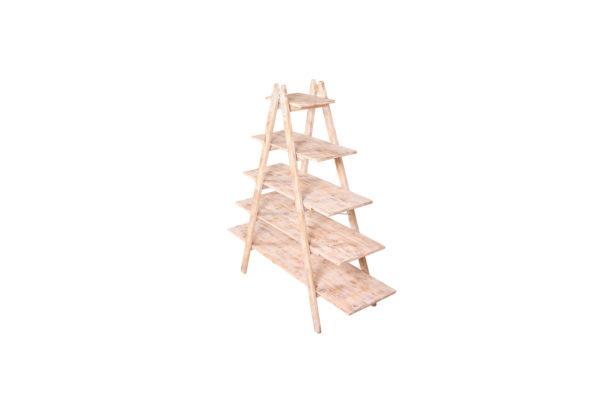 Dřevěné štafle k pronájmu