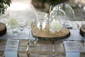 Vintage svatební nábytek a dekorace k pronájmu