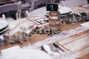 Svatební tabule ve vintage stylu