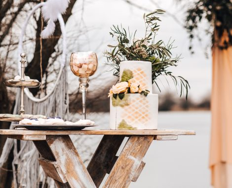 Svatební stolek oddávací k pronájmu