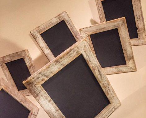 Dřevěné vintage tabulky